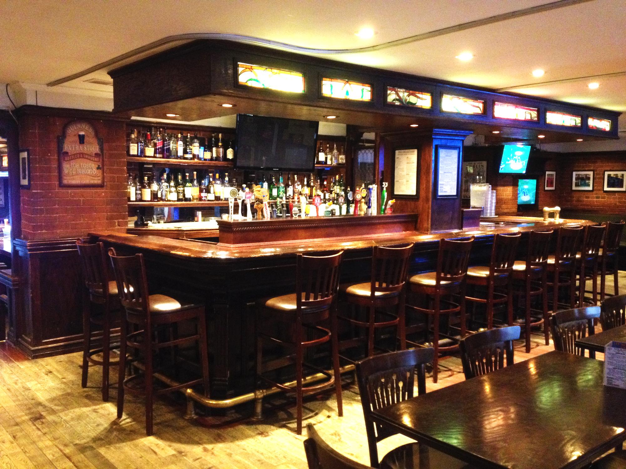 Home - Irish Embassy Pub & Grill Montreal